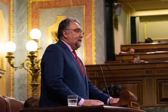 Archivo - El diputado de Foro Asturias, Isido Martínez Oblanca, interviene en el Pleno del Congreso