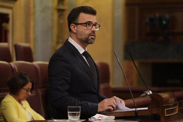 Archivo - Pablo Cambronero, en la tribuna del Congreso