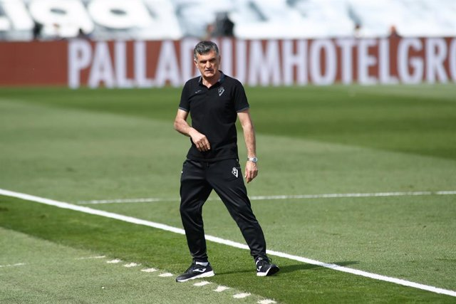 Jose Luis Mendilibar, head coach of Eibar, gestures during the spanish league, La Liga, football match played between Real Madrid and SD Eibar at Alfredo Di Stefano stadium on April 03, 2021 in Valdebebas, Madrid, Spain.