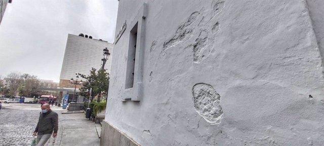 Archivo - Detalle de la fachada de la antigua iglesia de San Hermenegildo