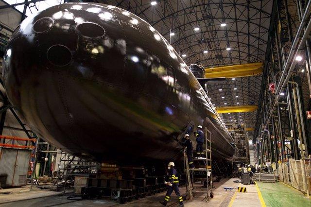 Imagen del submarino S-81 en las instalaciones de Navantia en Cartagena