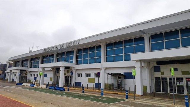 Fachada del aeropuerto de Melilla que llevará el nombre del primer fusilado de la Guerra Civil Española