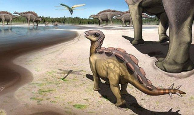 Recreación del estegosaurio del tamaño de un gato