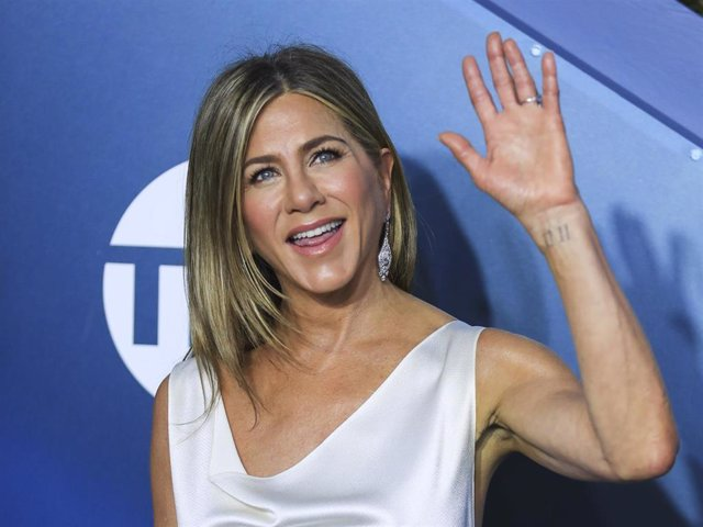 Actress Jennifer Aniston attends the 26th Annual Screen Actors Guild (SAG) Awards held at the Shrine Auditorium in Los Angeles, the United States, Jan.