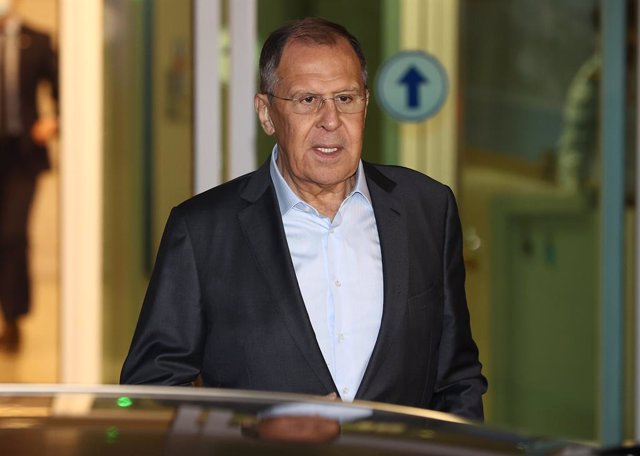 23 March 2021, South Korea, Incheon: Russian Foreign Minister Sergey Lavrov arrives at Incheon International Airport before he engages in scheduled talks with South Korean Foreign Minister Chung Eui-yong during his three-day trip. Photo: -/YNA/dpa