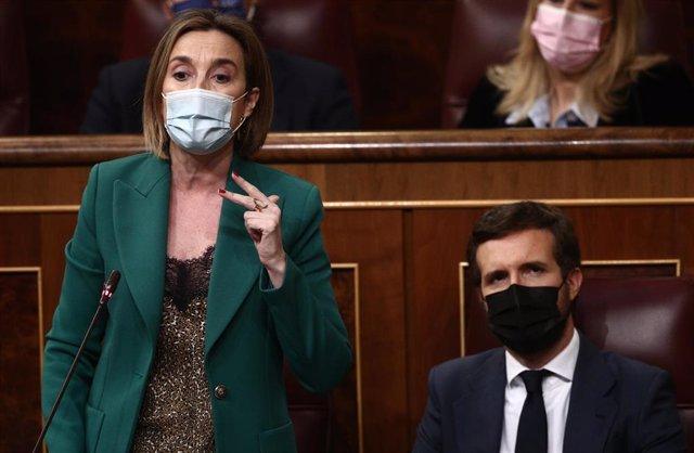 Archivo - La portavoz del PP en el Congreso de los Diputados, Cuca Gamarra, interviene durante una sesión de control al Gobierno en el Congreso de los Diputados, en Madrid (España), a 10 de marzo de 2021.
