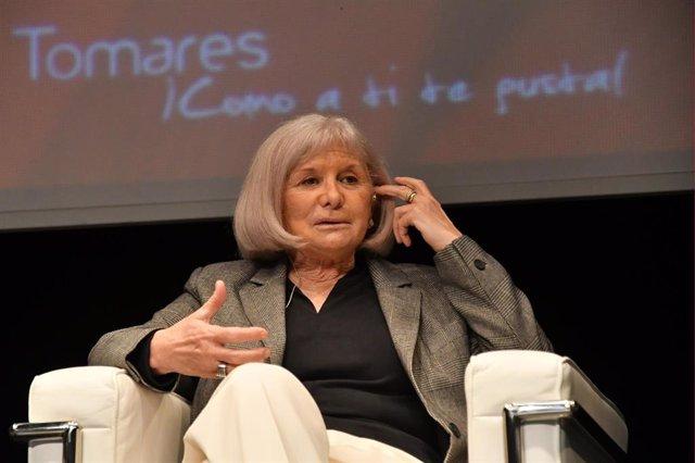 La escritora Alicia Giménez Barlett en Tomares