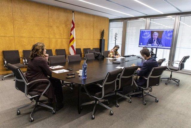 L'alcaldessa de Barcelona, Ada Colau, ha defensat aquest divendres la necessitat d'alliberar les patents de les vacunes contra la Covid-19 en el marc de la cimera telemàtica de grans ciutats C40 de les Nacions Unides.