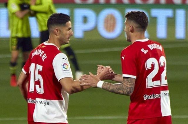 El Girona golea al Zaragoza en Montilivi