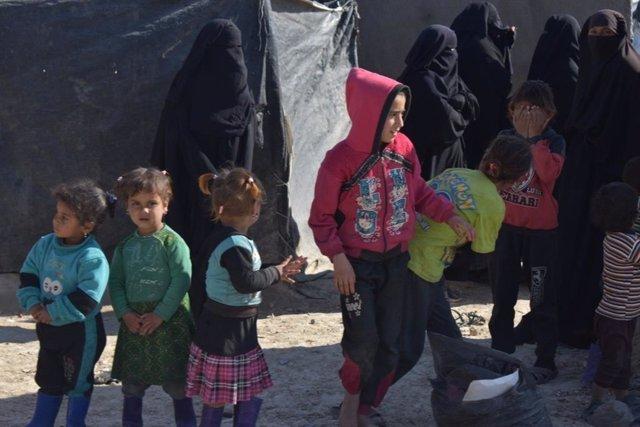 Desplazados en el campamento de Al Hol, en Siria