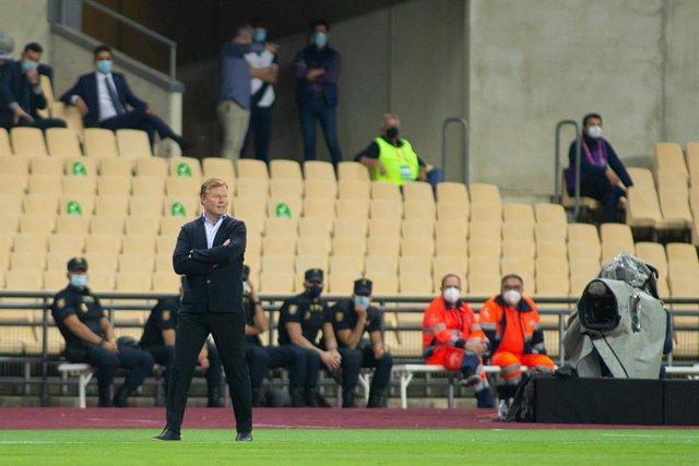 Ronald Koeman, head coach of Barcelona, during Copa Del Rey Final match between Athletic Club and Futbol Club Barcelona at Estadio de La Cartuja on April 17, 2021 in Seville, Spain.