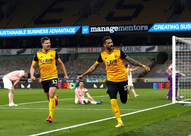 17 April 2021, United Kingdom, Wolverhampton: Wolverhampton Wanderers' Willian Jose celebrates scoring his side's first goal during the English Premier League soccer match between Wolverhampton Wanderers and Sheffield United at Molineux. Photo: Jason Cair