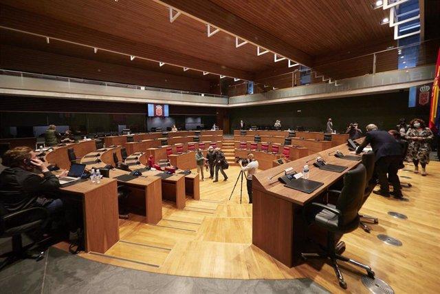Archivo - Mesa y Junta de portavoces en el Parlamento de Navarra