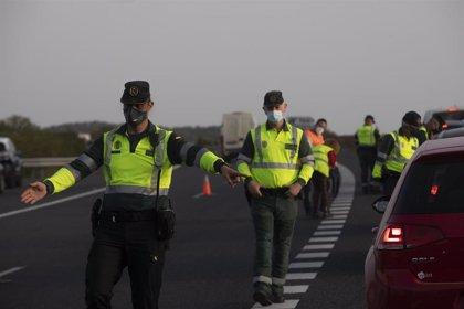 Investigan a dos menores en Lanzarote por circular en motos sin permiso