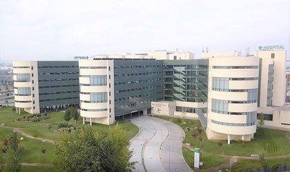 Andalucía vuelve a superar los 300 pacientes en UCI tras subir nueve, aunque baja 41 hospitalizados hasta 1.457
