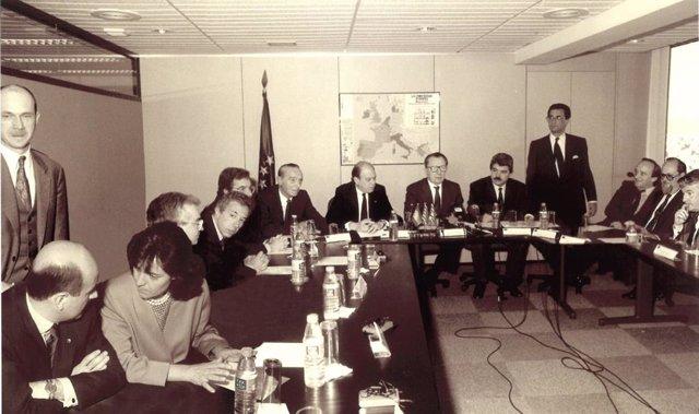 Imatge de la inauguració de la Representació de la Comissió Europea a Catalunya i les Illes Balears, en 1991