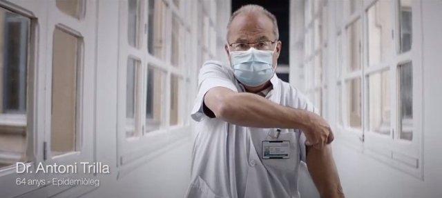 L'epidemiòleg Antoni Trilla en el vídeo 'Avancem amb la vacunació', que forma part d'una campanya de sensibilització de la Conselleria de Salut de la Generalitat