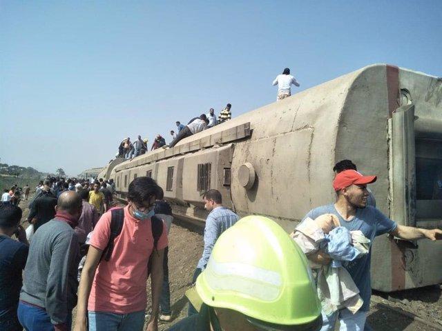 Descarrilamiento de un tren cerca de El Cairo