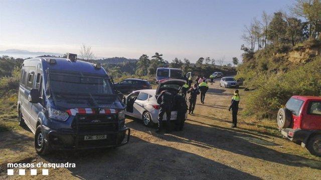 Els Mossos d'Esquadra denuncien 105 persones que celebraven una festa al Berguedà (Barcelona)