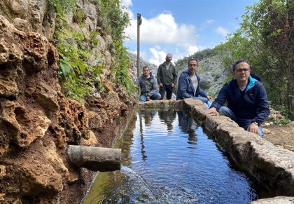 La Junta restaura fuentes del patrimonio rural de Zuheros