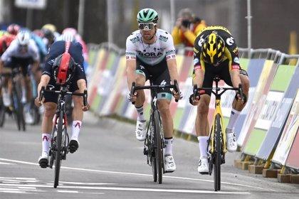 Van Aert gana con 'foto finish' la Amstel Gold Race