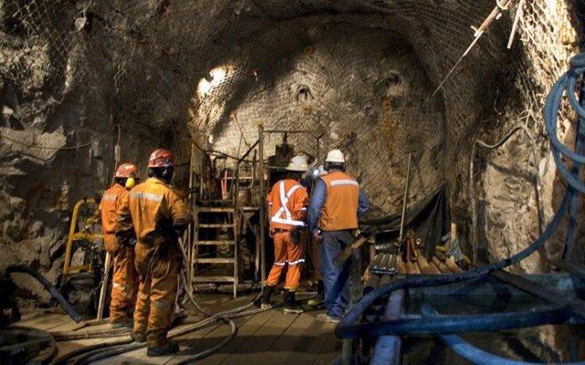 Archivo -    Las autoridades de emergencia del muncipio colombiano de Boyacá han informado que han encontrado sin vida a dos de los tres mineros que permanecían desaparecido después de la explosión de gas metano que se produjo en una mina de carbón este m