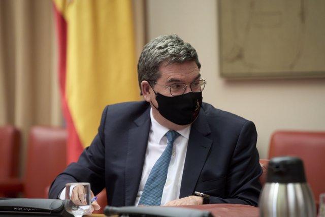 El ministro de Inclusión, Seguridad Social y Migraciones, José Luis Escrivá, comparece en la Comisión de Pacto de Toledo, en el Congreso de los Diputados, a 12 de abril de 2021, en Madrid (España)
