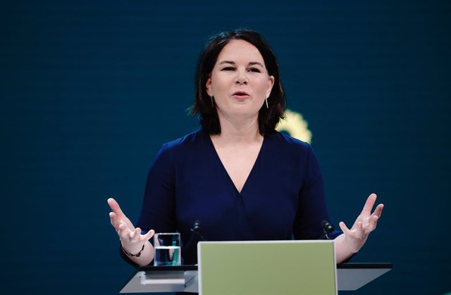19 April 2021, Berlin: Federal chairwoman of Alliance 90/The Greens Annalena Baerbock speaks during a digital announcement event after the party's federal executive committee nominated her as a candidate for chancellor. Photo: Kay Nietfeld/dpa