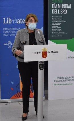 La consejera María Isabel Campuzano, en la presentación de las actividades del Día Internacional del Libro.