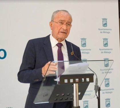 """Alcalde dice que Unicaja y Fundación tienen compromiso de """"continuidad con toda dignidad"""" de club de baloncesto"""