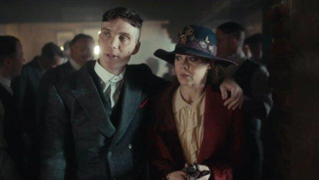 """El protagonista de Peaky Blinders, Cillian Murphy, despide a Helen McCrory: """"Era una mujer brillante"""""""
