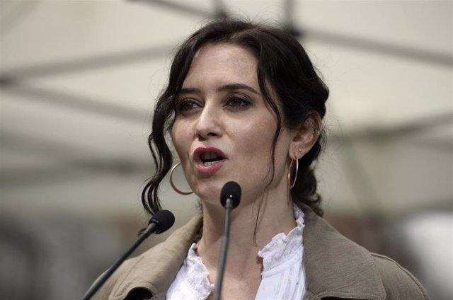 Isabel Díaz Ayuso en un acto del PP en Chamberí