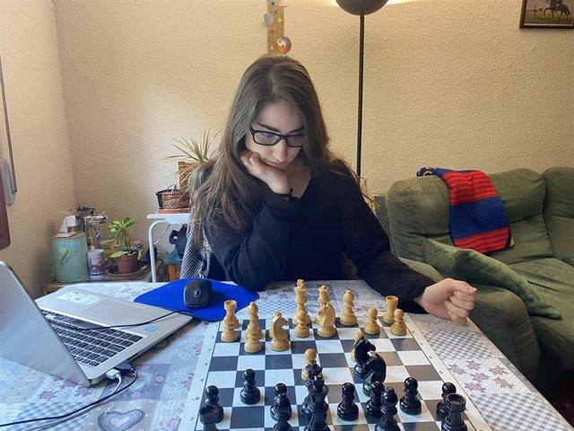 """Gisela Roque, mexicana universitaria, cajera en Mercadona y Maestra de ajedrez se declara """"orgullosa"""" por poder representar a España en las Olimpiadas."""