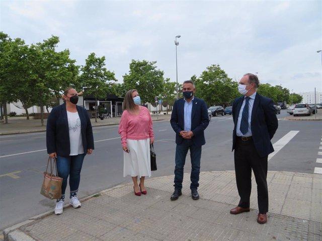 Visita en Isla Cristina (Huelva) al recinto del mercado ambulante.