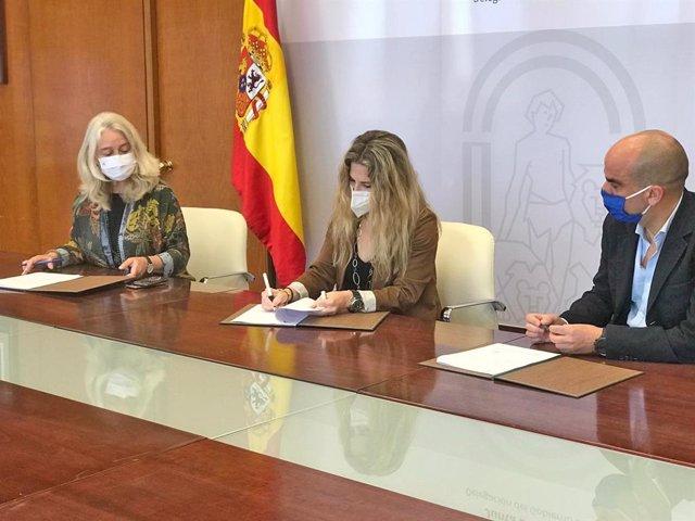 Firma de la adjudicación de la redacción del proyecto para el desdoble de la A-491 entre Rota y El Puerto