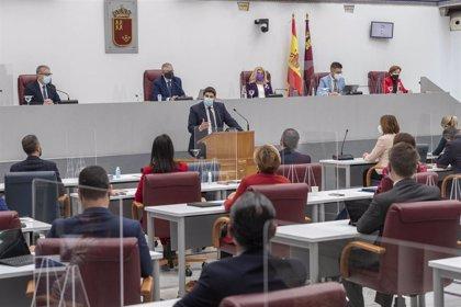 La pandemia, el trasvase Tajo-Segura y la reforma fiscal centrarán la sesión de control de López Miras
