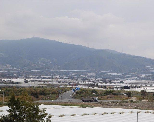 Las mercancías de grandes dimensiones accederán directamente al puerto de Motril (Granada)