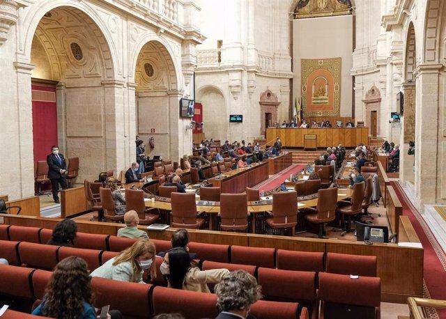 Foto de archivo del Pleno del Parlamento andaluz.