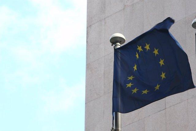 Archivo - Bandera de la UE
