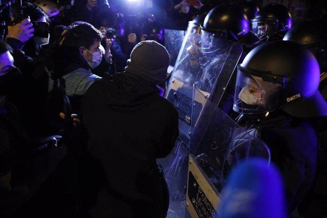 Archivo - Arxiu - Antiavalots dels Mossos d'Esquadra en una manifestació.
