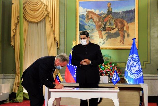 El presidente del PMA, David Beasley, y el presidente de Venezuela, Nicolás Maduro