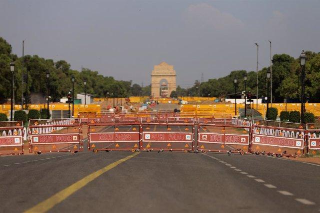 Confinamiento en la capital de India, Nueva Delhi, ante el repunte de casos de coronavirus
