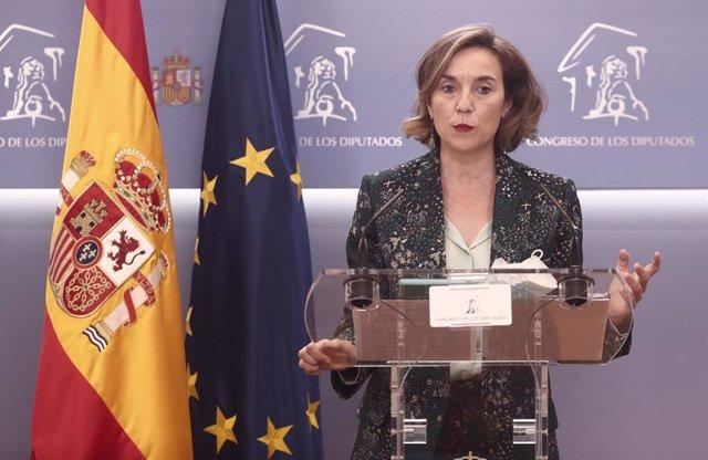 La portavoz del PP en el Congreso de los Diputados, Cuca Gamarra, interviene en una rueda de prensa anterior a una Junta de Portavoces, a 20 de abril de 2021, en el Congreso de los Diputados, Madrid, (España).
