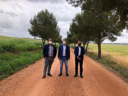 Diputación destina casi 74.000 euros a distintas actuaciones en infraestructuras rurales en Guadalcázar
