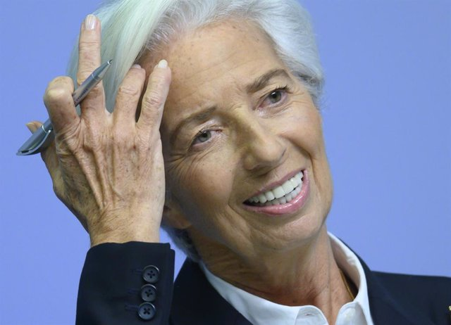 Archivo - 23 January 2020, Hessen, Frankfurt: President of the European Central Bank (ECB), Christine Lagarde reacts during a press conference. Photo: Boris Roessler/dpa