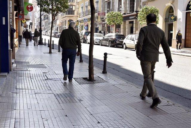 Archivo - Calle Infante don Fernando de Antequera.
