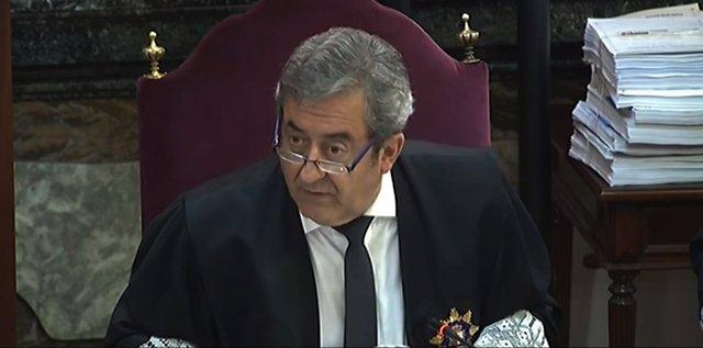 Archivo - El fiscal Javier Zaragoza en su intervención en el turno de las conclusiones de la Fiscalía en el juicio por el 'procés' en el Tribunal Supremo.
