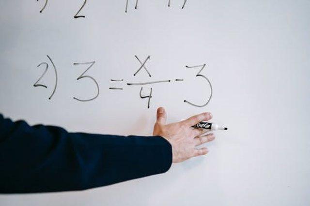 Coronavirus.- Seis aulas extremeñas se suman a la enseñanza online por casos de Covid entre el alumnado o profesorado