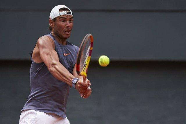 El tenista español Rafa Nadal, en un entrenamiento durante el Barcelona Open Banc Sabadell-68 Trofeo Conde de Godó