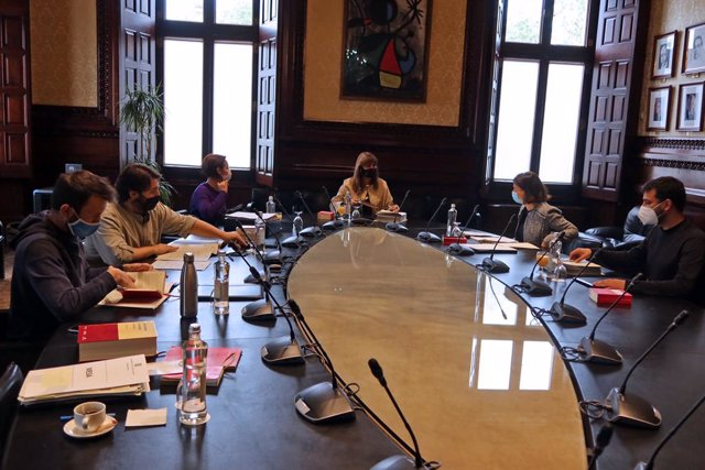 Arxiu - Reunió de la Mesa del Parlament.